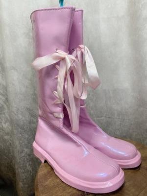 ピンクエナメルブーツ