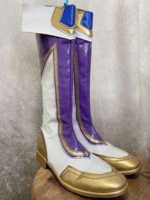 紫エナメルブーツ